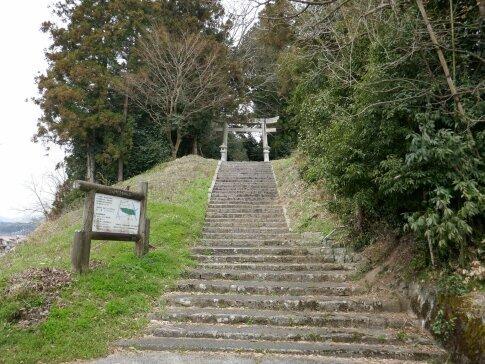 龍山八幡神社2.jpg